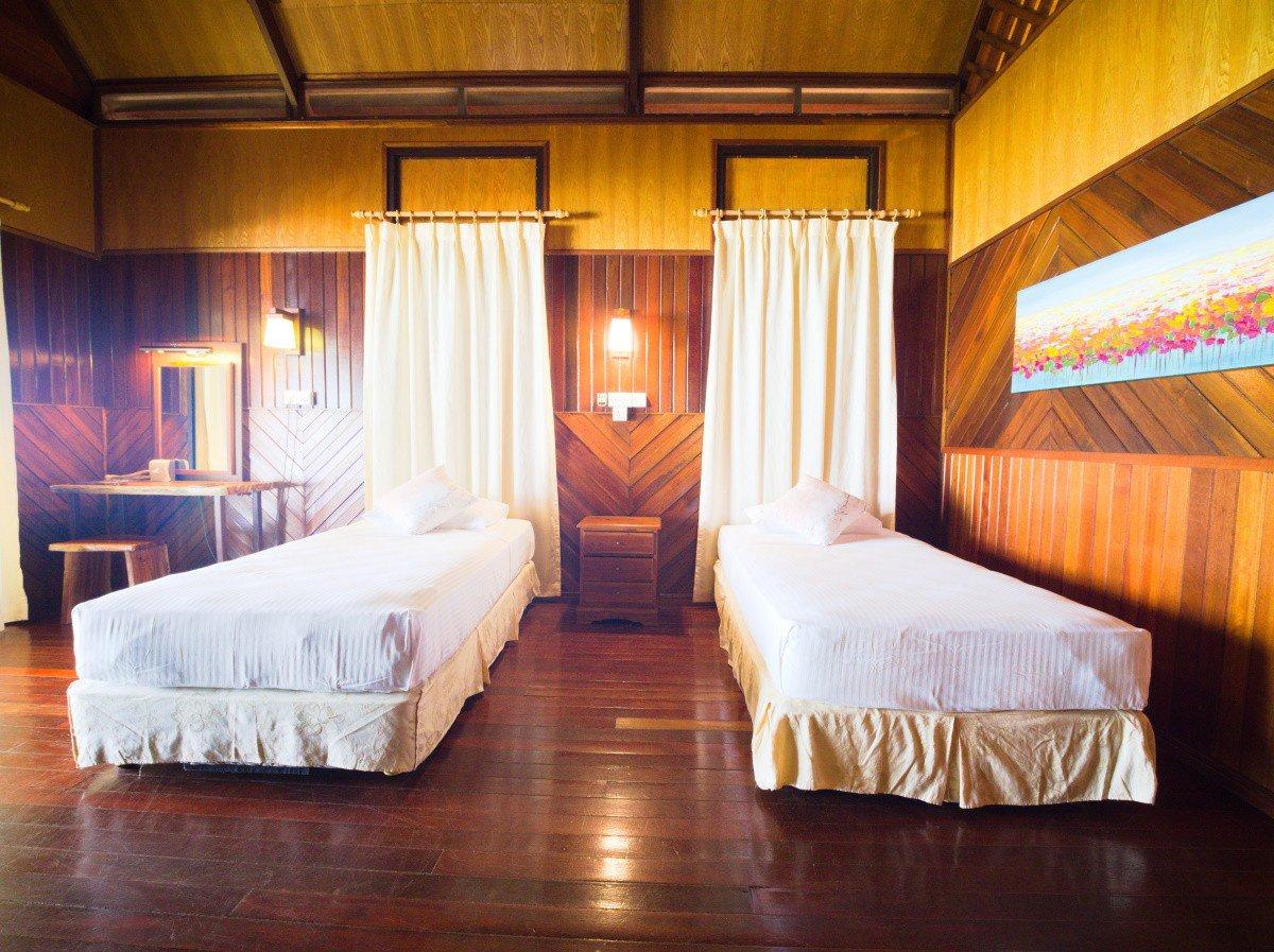 Design A Beach Chalet twin bed.