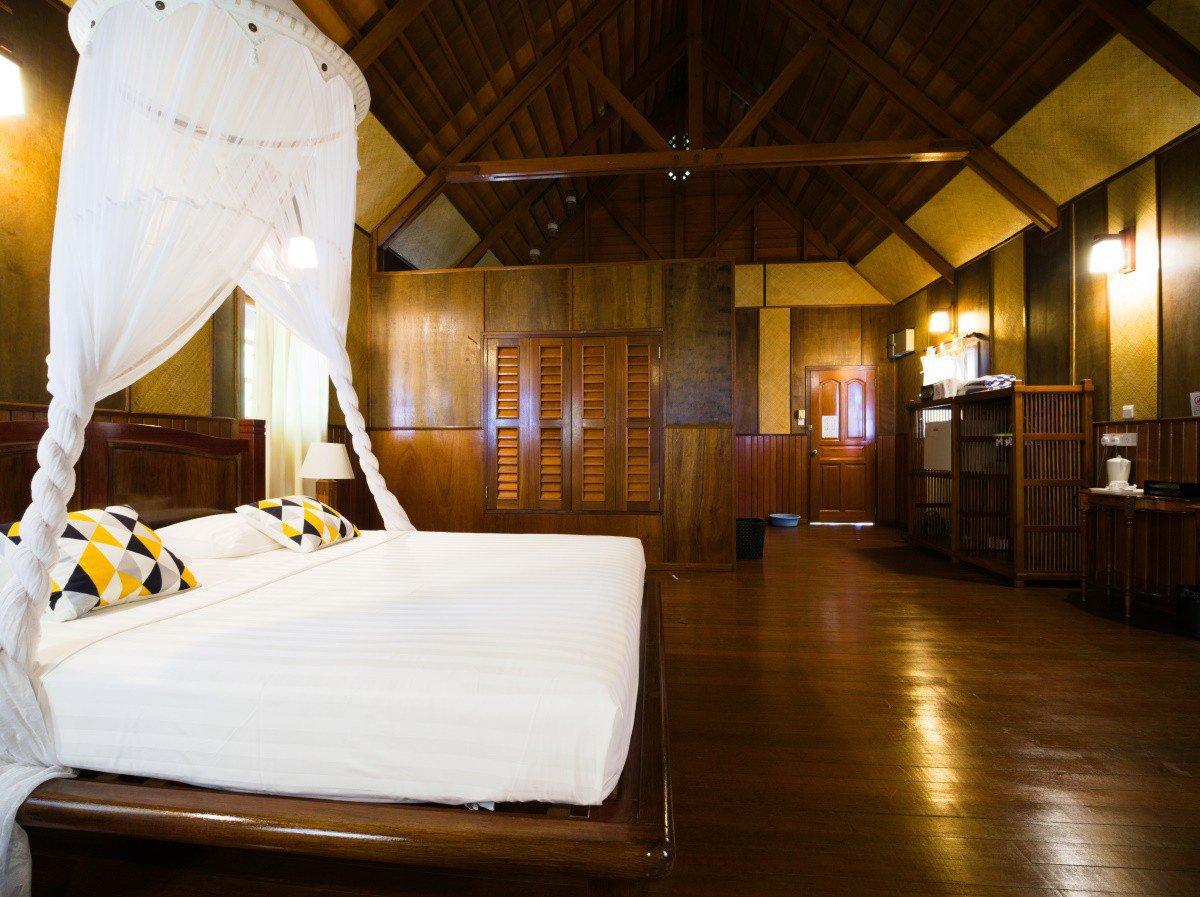 Design C Beach Chalet interior.