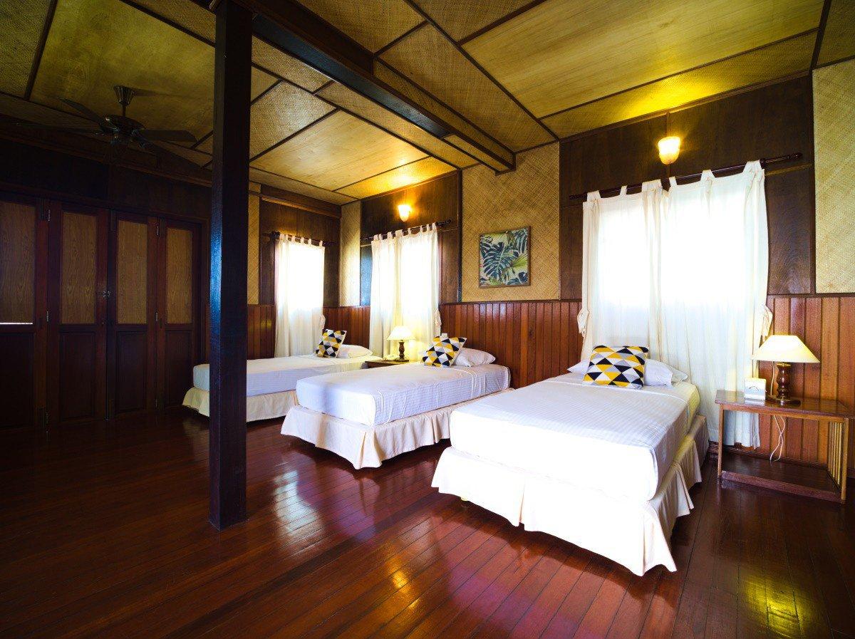 Design D Beach Chalet bedroom.