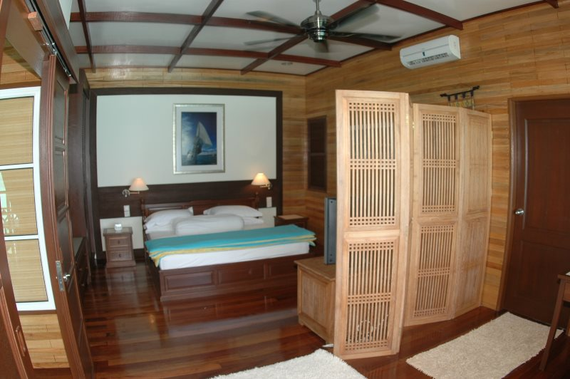 Bougain Villa Suite bedroom