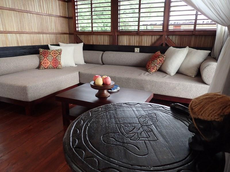 Deluxe Room settee.
