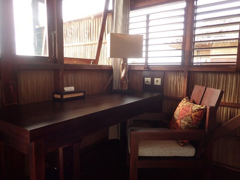 Deluxe Room writing desk corner.