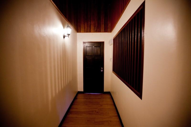 Hexa Villa entrance hallway.