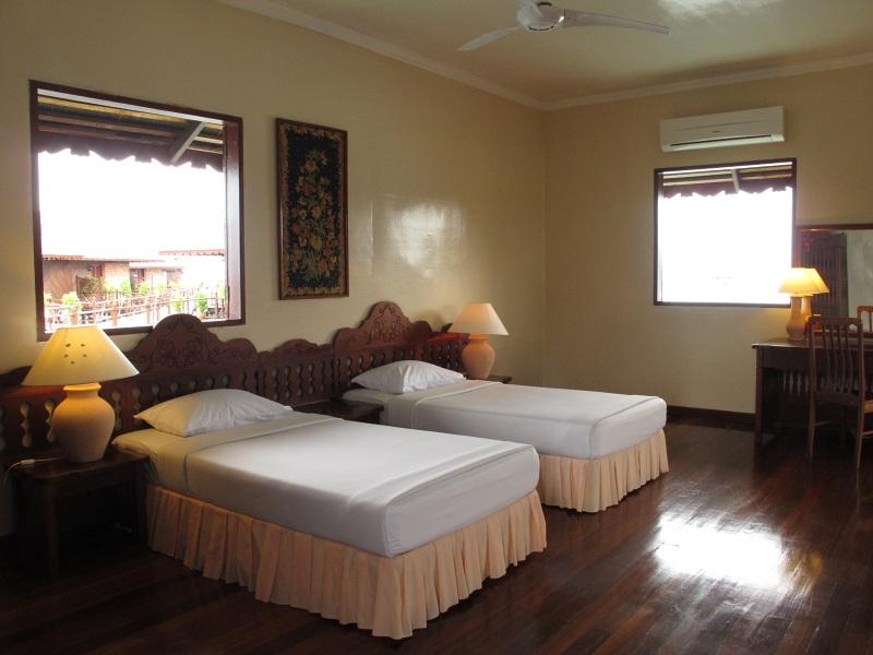 Standard Cottage room.