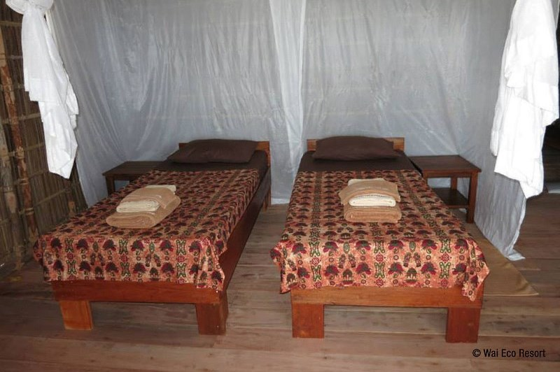 Cottage twin bed configuration.